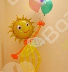 Фигура из шаров солнышко